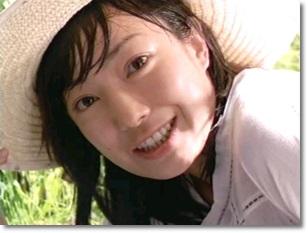 菅野美穂 : 【芸能人】なぜか「すっぴん」を見せたがるも、かえって ...